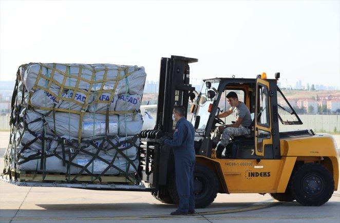 Turkey sends aid to Haiti after earthquake #4