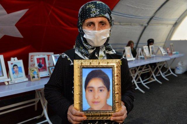 Diyarbakır annesi Esmer Koç: Artık bu acı yeter, ciğerimi yaktılar #5