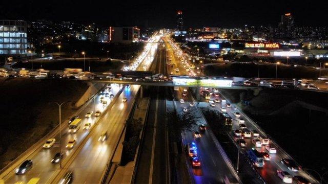 İstanbulluların trafik çilesi bitmiyor #2