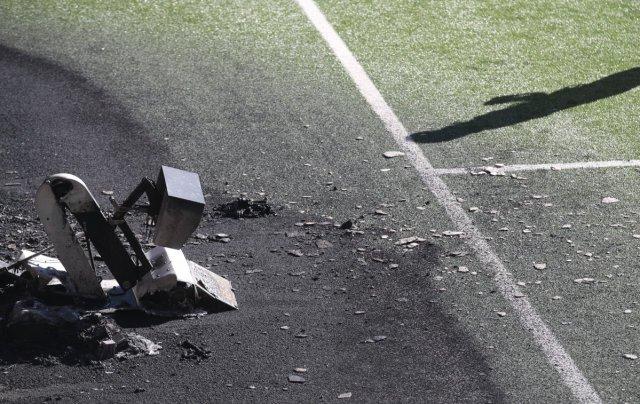Andorra-İngiltere maçı öncesi VAR monitörü patladı #2
