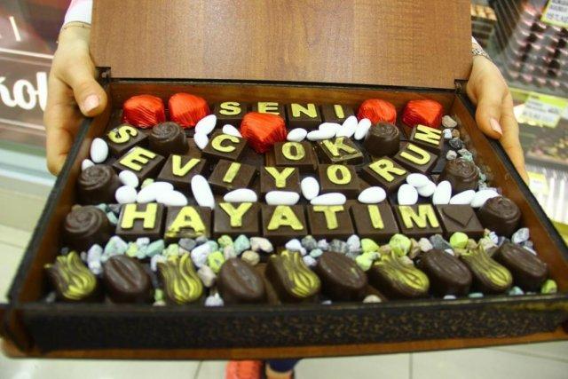 Normalleşme ile birlikte el yapımı dolgu çikolata satışları patladı #3