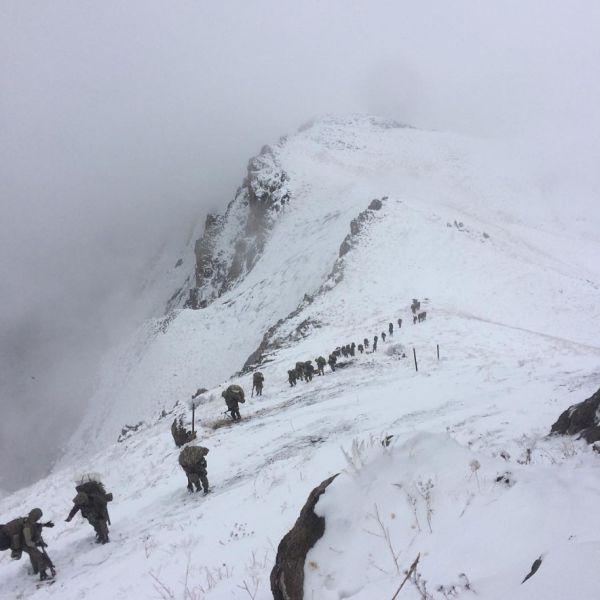 Mehmetçik zorlu şartlarda PKK'nın peşinde