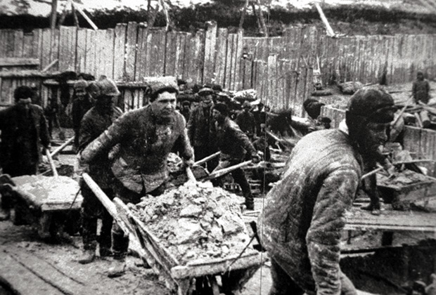 Строительство Беломорканала, 1932 год