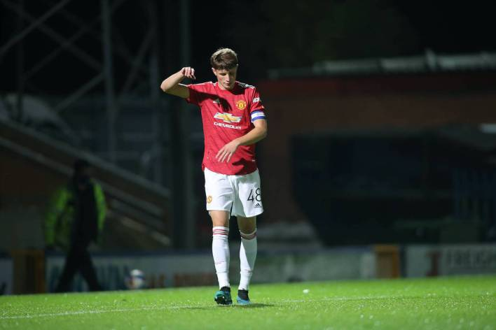 Manchester United youngster Will Fish joins Stockport County on loan