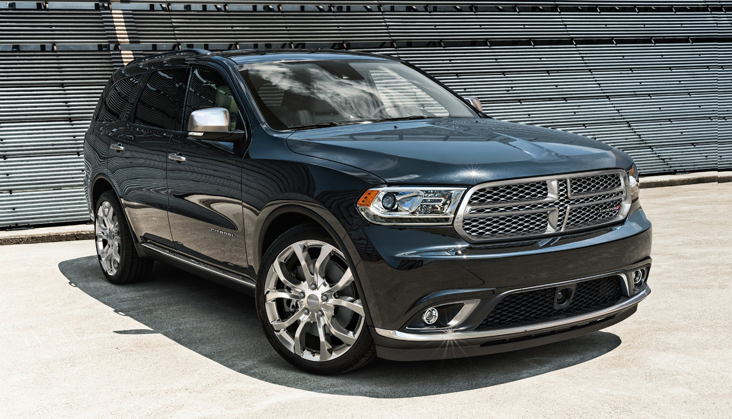 hight resolution of the 2018 dodge durango isn t an suv but it sure works like one digital trends