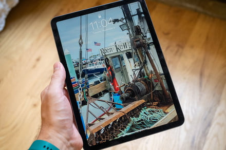 Hurry! iPad Air dropped to its lowest price ever at Amazon today