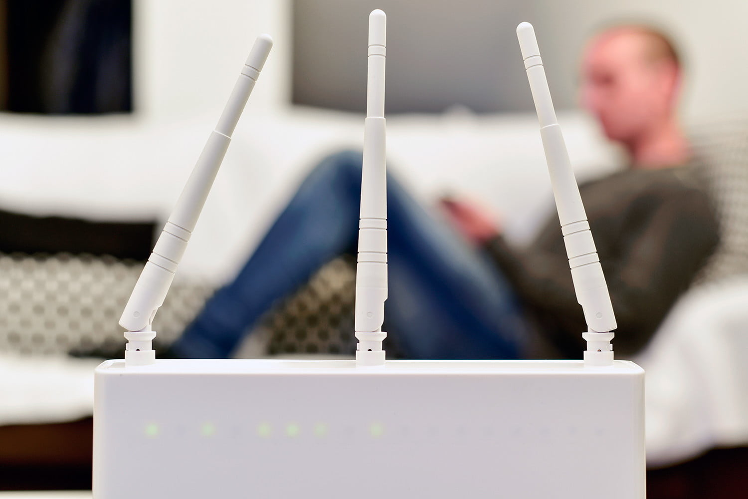 how to extend wi fi range with another router turn a into wireless repeater [ 1500 x 1000 Pixel ]