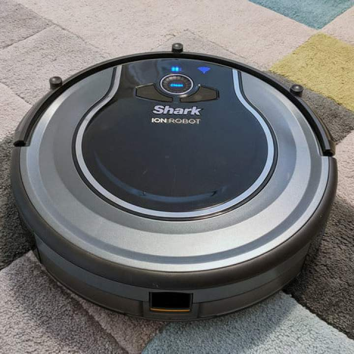 Shark Ion Robot 750 recensione