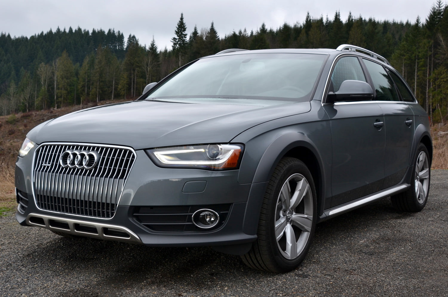 review audi 2013 allroad needs someroad to thrive but wins style points at the mountain wide [ 1500 x 996 Pixel ]