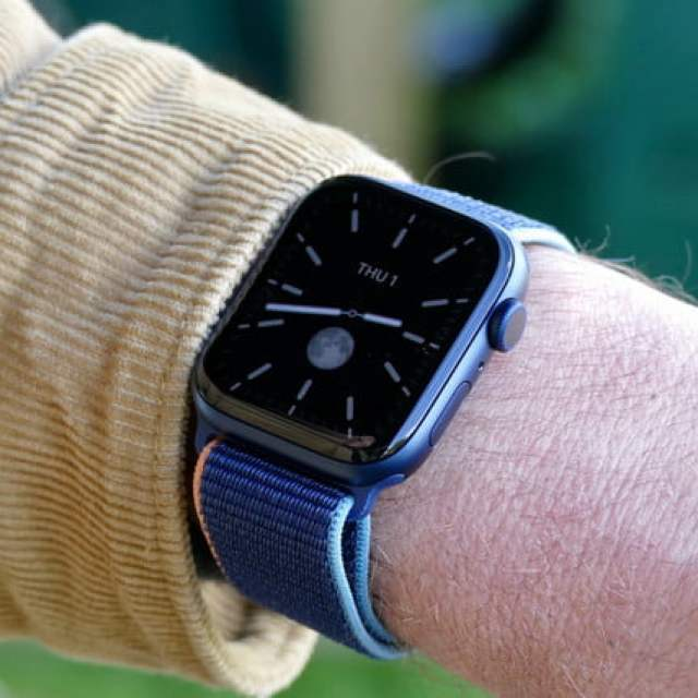 apple watch series 6 review california ambient face