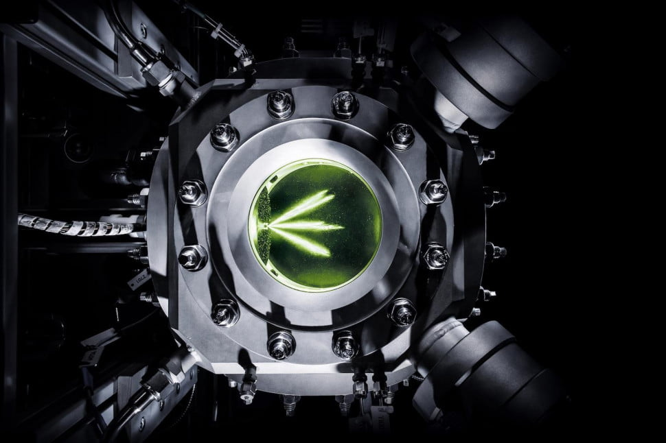 Audi e-fuels glass engine