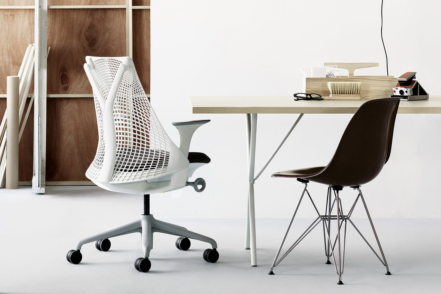 office chair doesn't stay up fishing stool the best chairs of 2018 digital trends