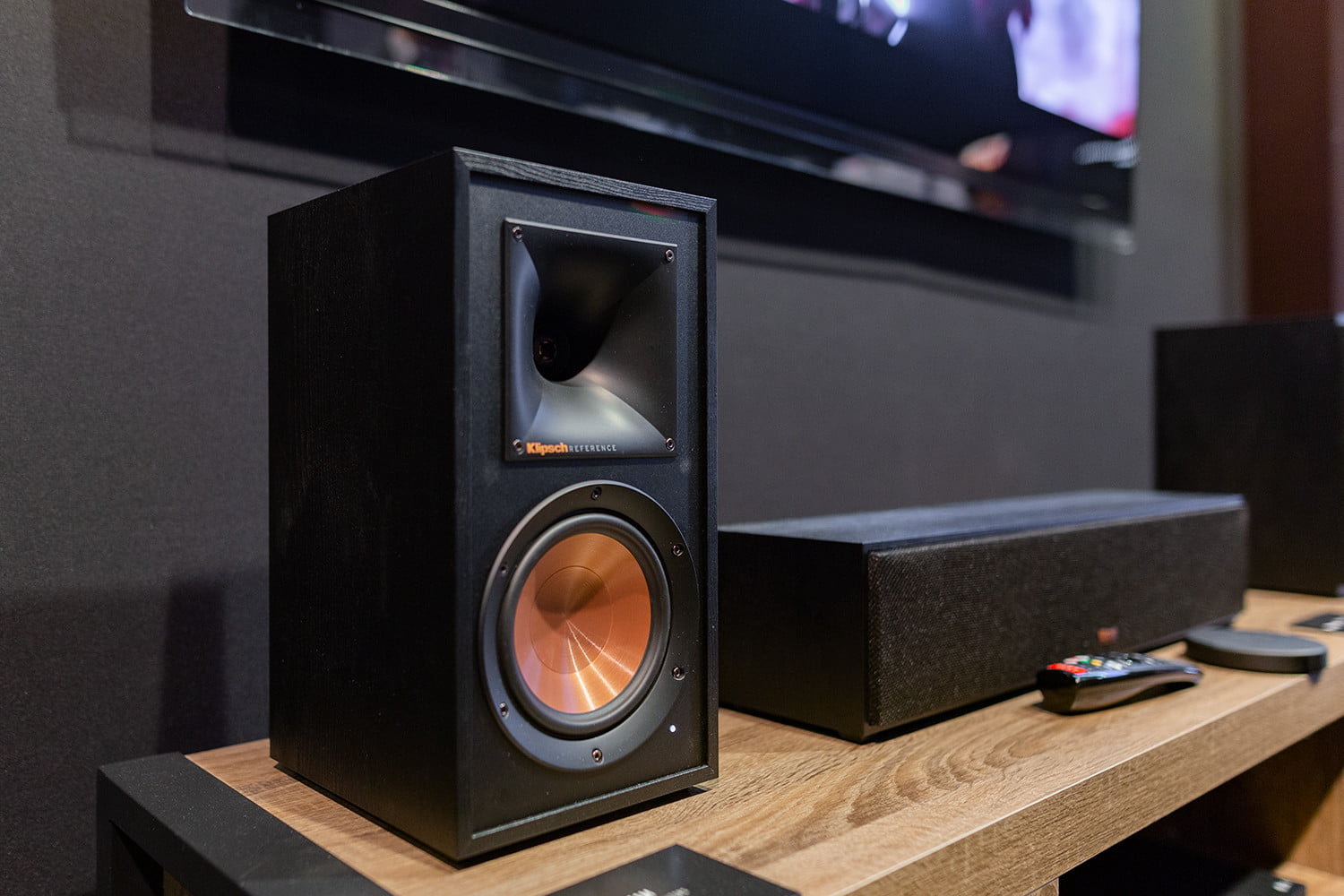 hight resolution of klipsch s new wisa reference wireless series was unveiled at ces 2019