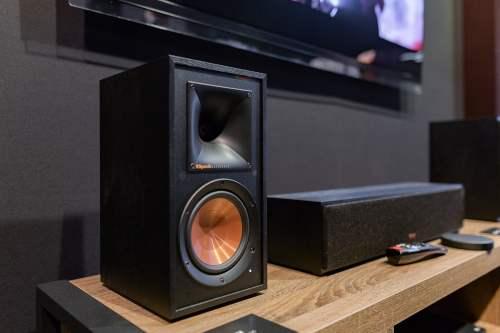 small resolution of klipsch s new wisa reference wireless series was unveiled at ces 2019