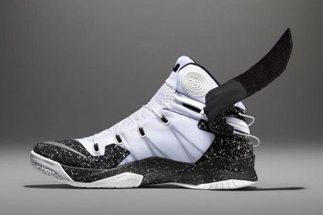 nike zoom soldier  flyease system for disabled people