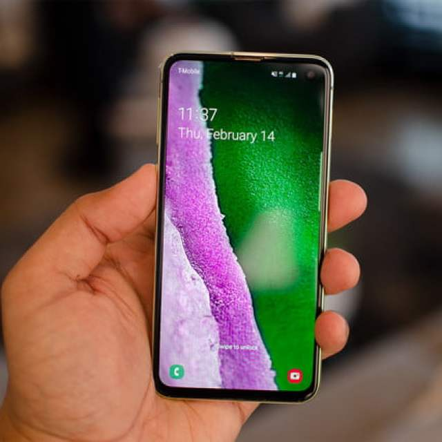 Samsung Galaxy s10e hands-on