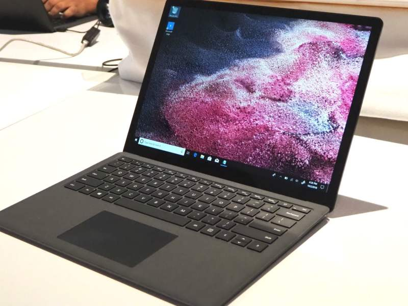 microsoft surface laptop 2 vs dell xps 13 01
