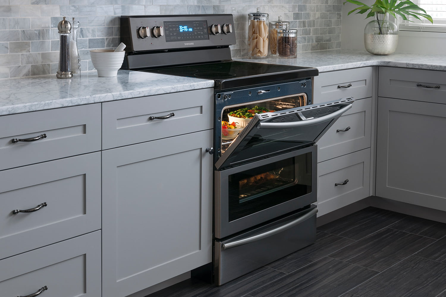 best kitchen stoves lighting options the oven ranges of 2019 digital trends black stainless steel appliances trend dual door range