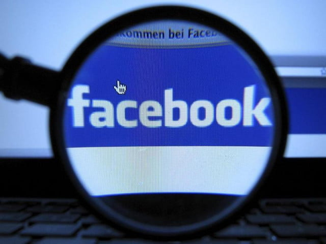 if narcissus had been on facebook study examines personality as revealed by updates