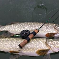 Ловля щуки на балансир. Зимняя рыбалка на реке 2019.
