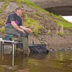 Ловля карася весной на поплавочную удочку - дело не  простое, но увлекательное
