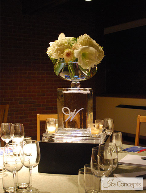 guest table centerpieces in ice ice