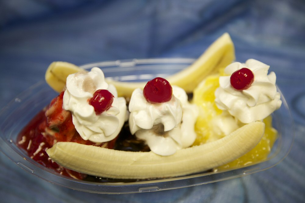 Homemade Bananas Splits in Wilmington Delaware 2017