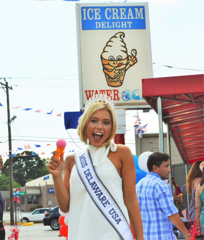 Miss Delaware at Ice Cream Delight of Delaware