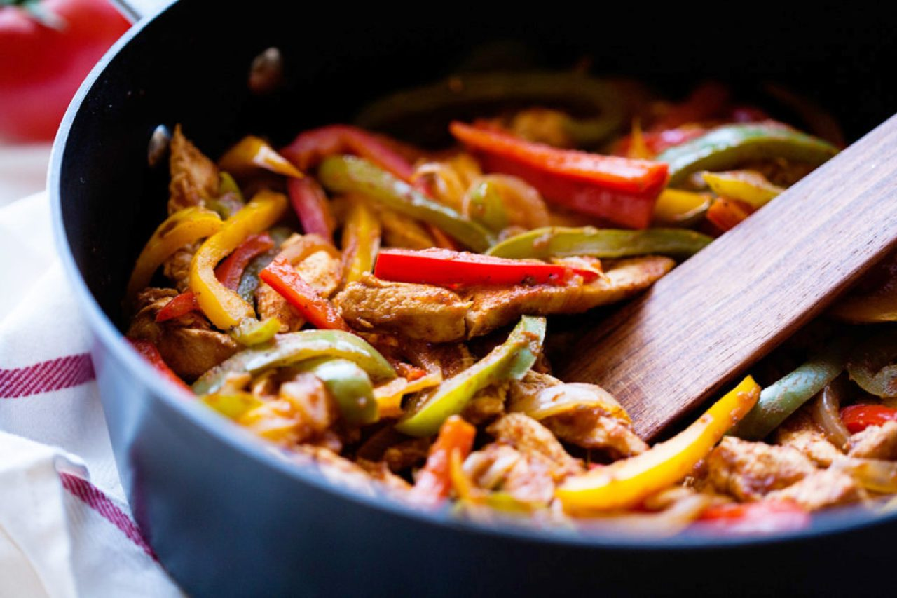 Easy Chicken Fajitas by Ice Cream and Inspiration