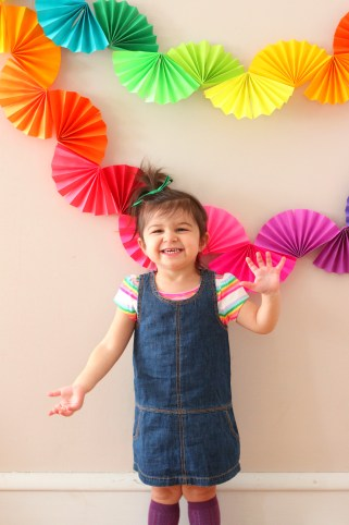 Rainbow Fan Garland {Easy DIY Party Decoration} - Ice Cream Off