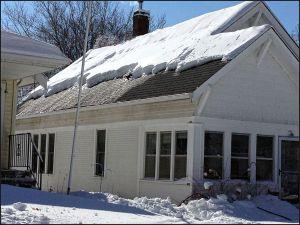 ice dam, ice dams, ice dam removal service, ice dam removal company, roof ice removal, roof snow removal