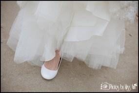 iceland-wedding-details-bridal-dress-photos-by-miss-ann-iceland-wedding-photographer