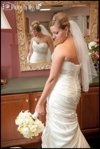 inspired-iceland-wedding-bridal-portraits-photos-by-miss-ann