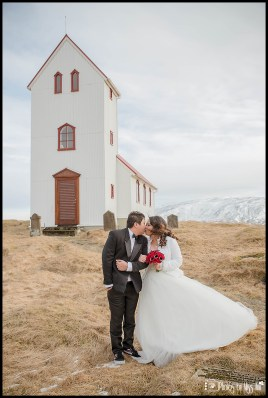 iceland-wedding-elopement-at-historical-church-1864