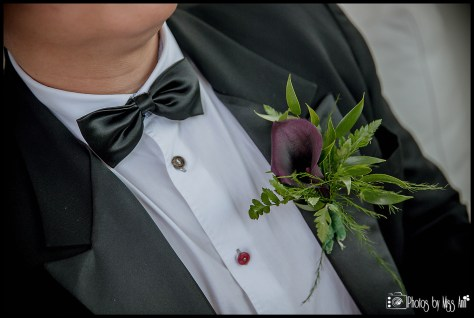 groom-wedding-details-iceland-winter-wedding