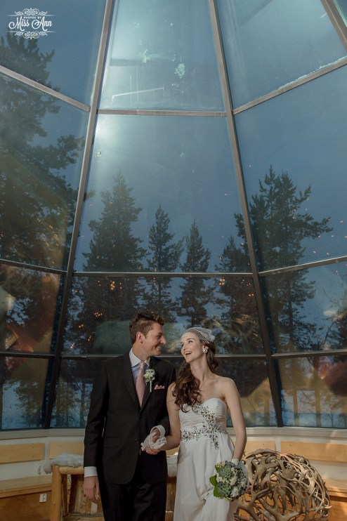 finland-destination-wedding-igloo-hotel-photos-by-miss-ann-30