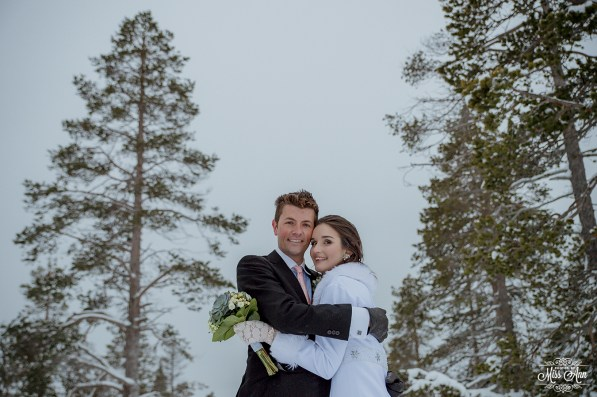 finland-destination-wedding-igloo-hotel-photos-by-miss-ann-45