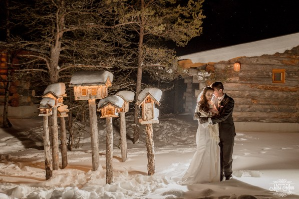 igloo-ice-hotel-wedding-photos