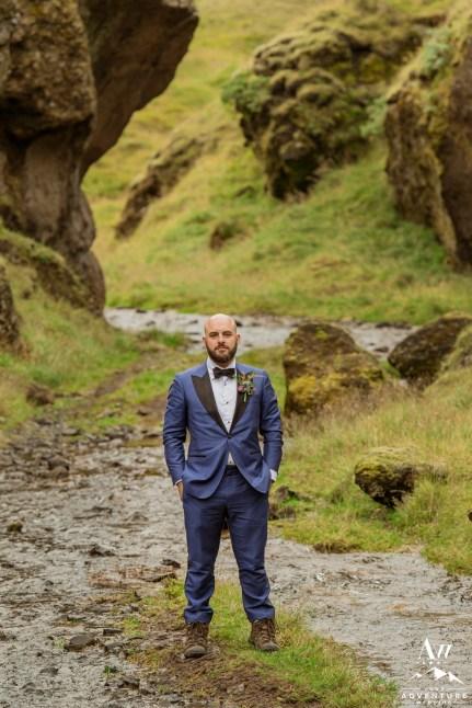 iceland-wedding-photos-groom