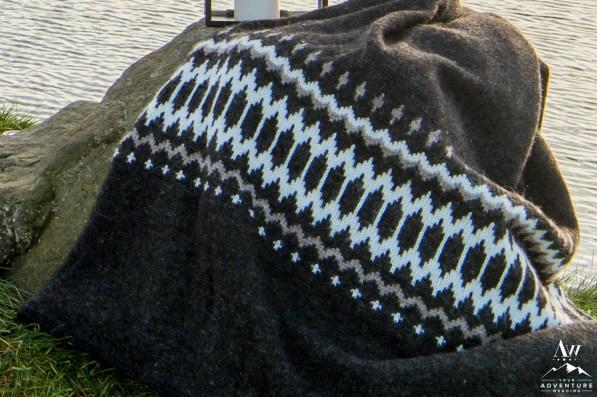 iceland-wedding-rental-icelandic-wool-blanket