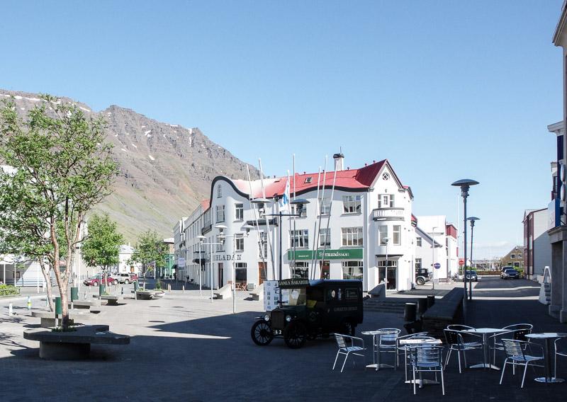 isafjordur downtown
