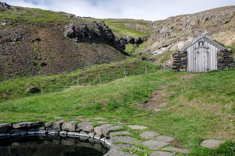 laugar hot pot Guðrúnarlaug gudrunarlaug