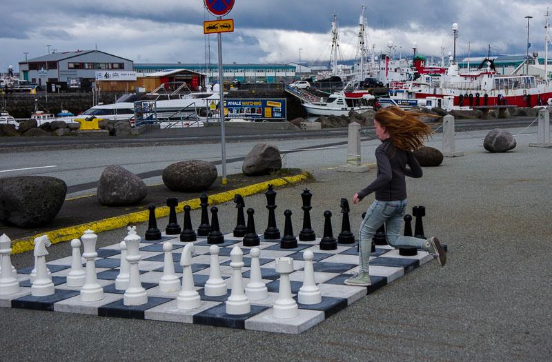 harbor chess girl