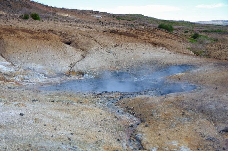 Seltún geothermal area gurgling