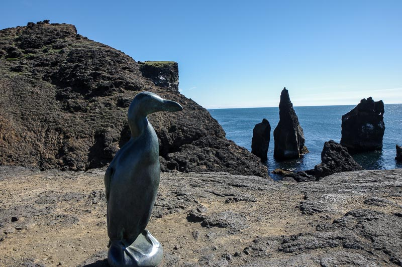 reykjanes statue