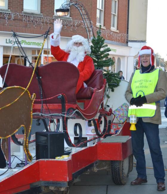 Santas Sleigh in Aylsham & Community Carol Concert