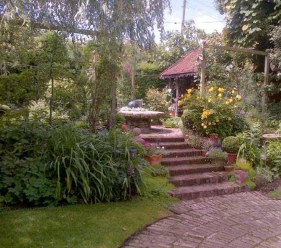 Halesworth-Open-Gardens-John-Balls-garden