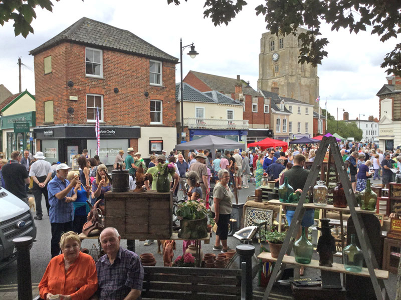 Beccles Antiques Street Markets