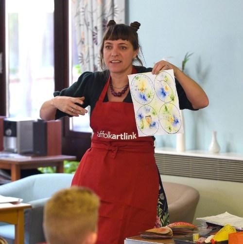 Meet the artist - Caitlin Howells