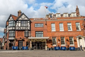 Maids Head Hotel in Tombland